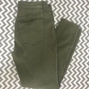 Olive colored skinny jeggings